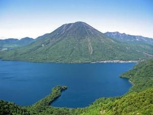 lake-chuzenji-japan